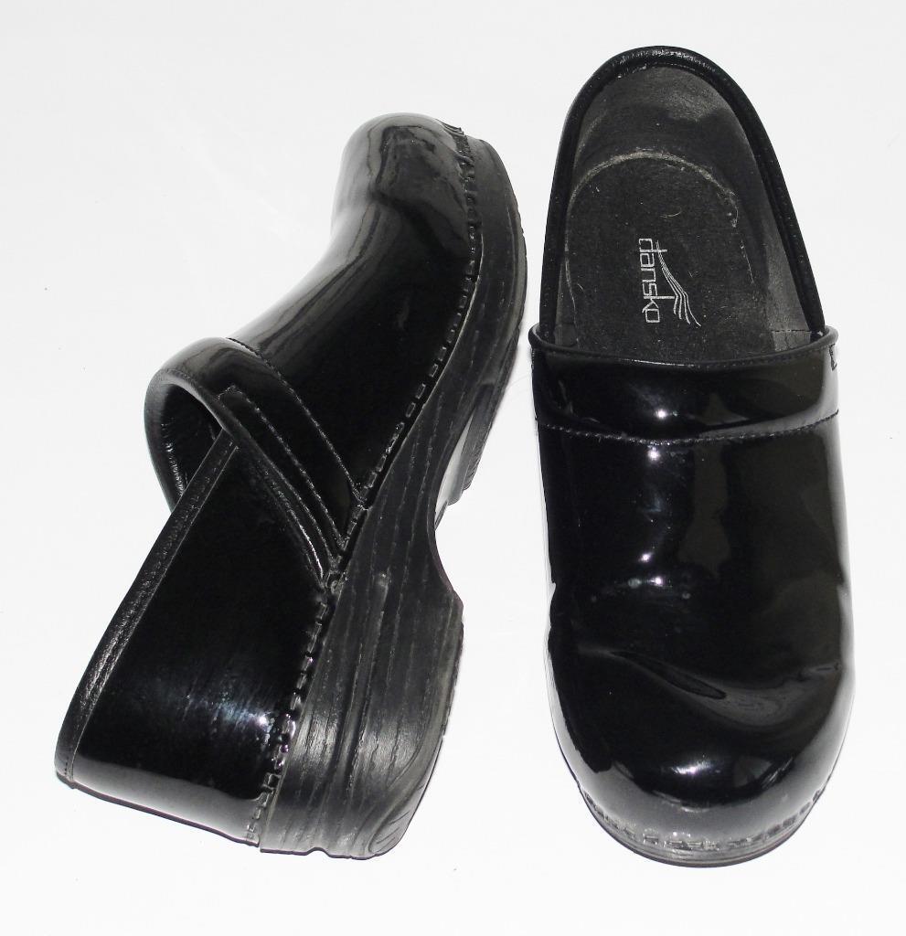 DANSKO149PATENT LEATHER PROFESSIONAL CAREERCOMFORT NURSING CLOGS Schuhe39
