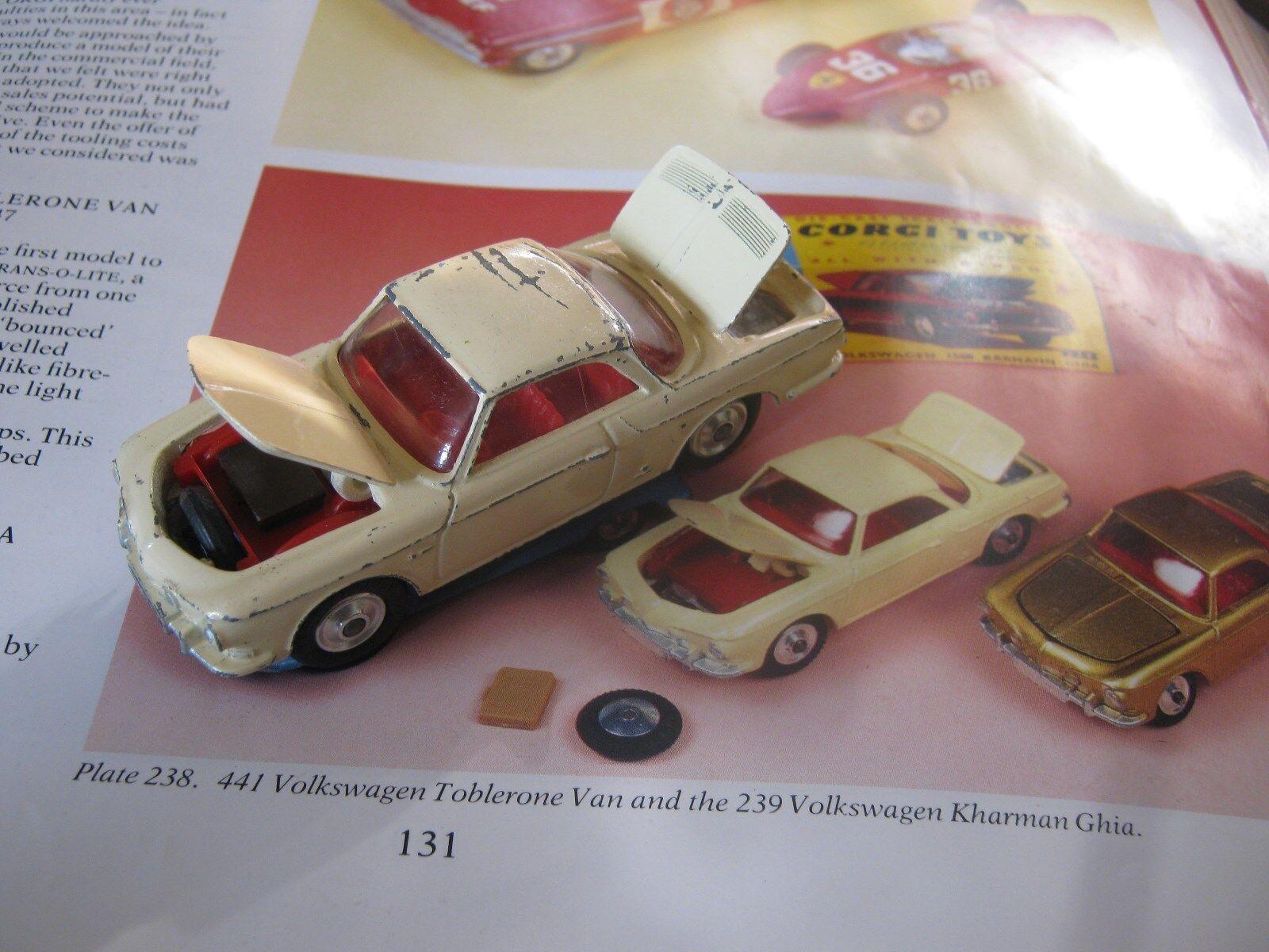 CORGI 239 VW KARMANN GHIA PLAYWORN ORIGINAL UNTOUCHED AS SHOWN +2016 BADGE