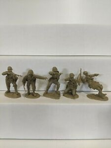 Conte-WWII-U-S-GI-039-S-Bloody-Omaha-5-Figures-Light-Tan-Color-1-32-C