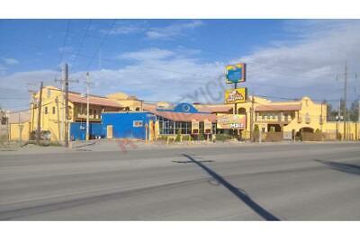 Oficina 66 Metros en Centro de negocios de Oficinas en bulevar Goméz Morin,  Ciudad Juárez.