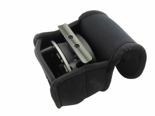 Aventik Fly Fishing Reel Case Neoprene Reel Punch Convenient Fishing Reel Cover