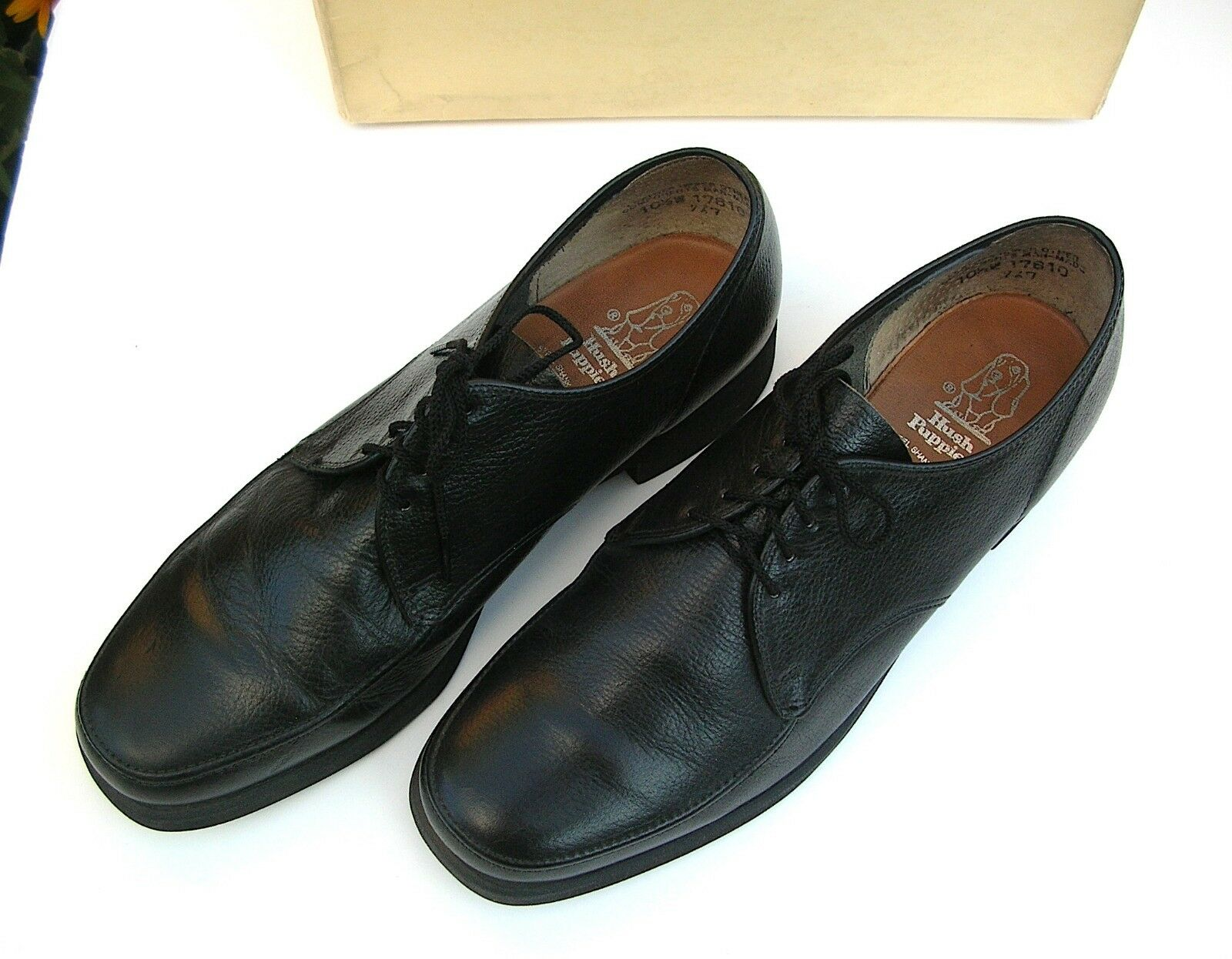 HUSH PUPPIES Vintage USA made - Black Leather Oxford Steel Shank -10 1 2W 10.5W