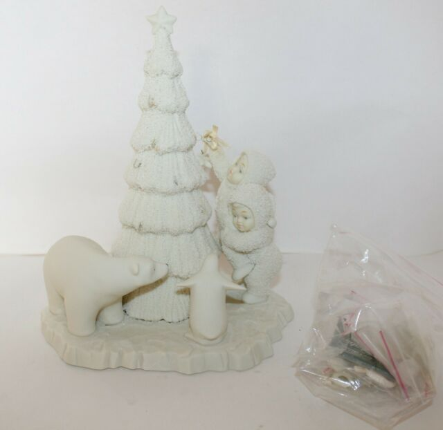 Snowbabies Lift Me Higher, I Can't Reach! # 6863-2 Department 56 Collectible