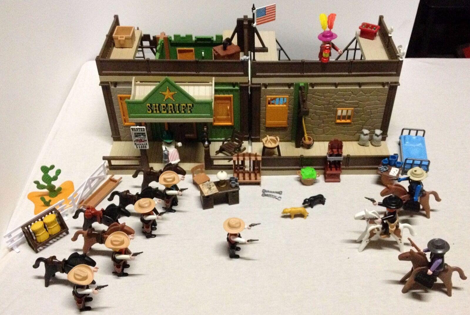 LOT PLAYMOBIL PRISON SHERIF DOUBLE BATIMENT-5 SHERIF-3 BANDIT-ACCESSOIRES-ARMES