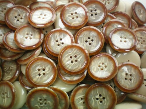 Z62 Large 28mm 44L Light Brown Natural Cream Polished Quality 4 Hole Buttons