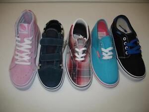 e929f61aca La foto se está cargando Variedad-Skateboarding-Skate-Vans -Zapatos-informales-Tenis-Ninos-