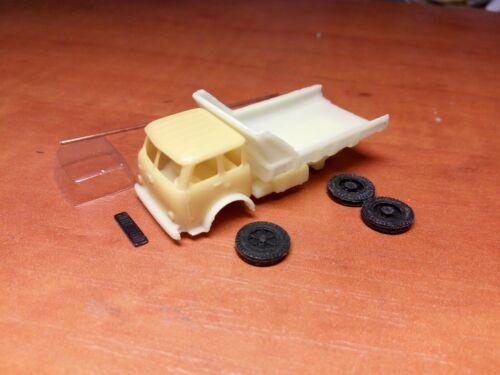 1//120 TT Soviet MAZ-500 Dump truck-Limited edition kit