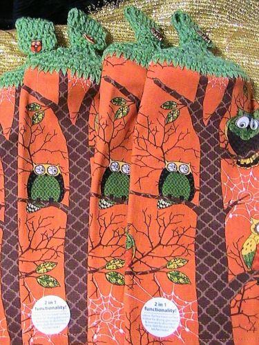 BATH HAND TOWELS~OWL BUTTONS LOT OF 2~AUTUMN~HALLOWEEN OWLS CROCHET TOP KITCHEN