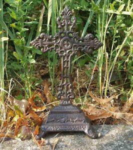 Stehkreuz-Kruzifix-Eisen-Antik-Skulptur-Gothic-Deko-Keltisches-Kreuz-25-cm