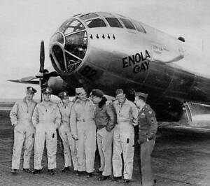 OLD-LARGE-PHOTO-WWII-USAF-B29-SUPER-FORTRESS-BOMBER-c1945-The-Enola-Gay-12