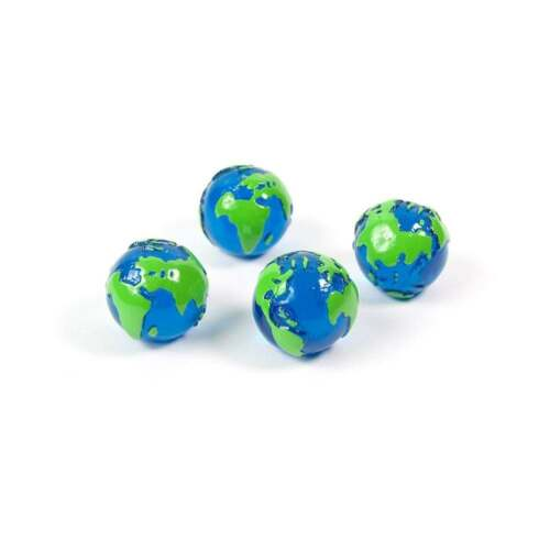 Globe 1 set of 4 Assorted Popular Shape Office Magnets