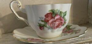 Royal Windsor Fine Bone China England Cup & Saucer  Pink Rose