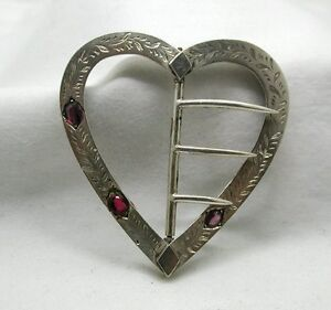 Victorian-Beautiful-Silver-And-Amethyst-Heart-Shaped-Buckle