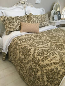 SUPER KING SIZE QUILT 100% COTTON REVERSIBLE SUPERKING QUILTED ... : super king quilted bedspreads - Adamdwight.com