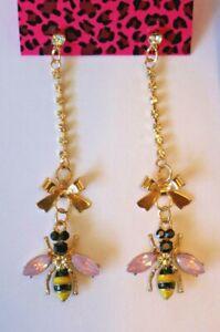 Betsey-Johnson-Crystal-Rhinestone-Enamel-Bee-Dangle-Post-Earrings