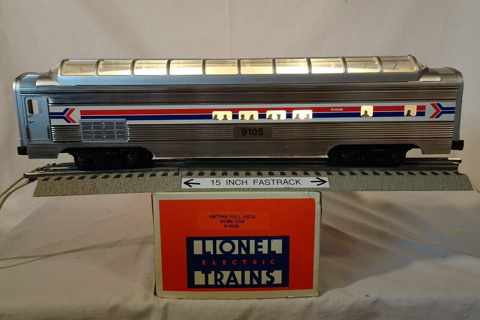 Lionel 19105 Aluminum Scale O AMTRAK  9105 Illuminated Full Vista Dome Car 1989