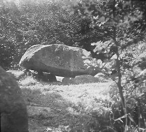 RUGEN-HUNENGRAB-Dia-Diapositiv-Glas-historisch-vor-1930-Raritaet-Sammlerstueck-rar