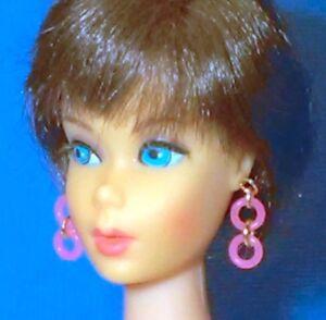 Barbie-Dreamz-NEON-HOT-PINK-DOUBLE-HOOPS-Mod-Hoop-Earrings-Doll-Jewelry