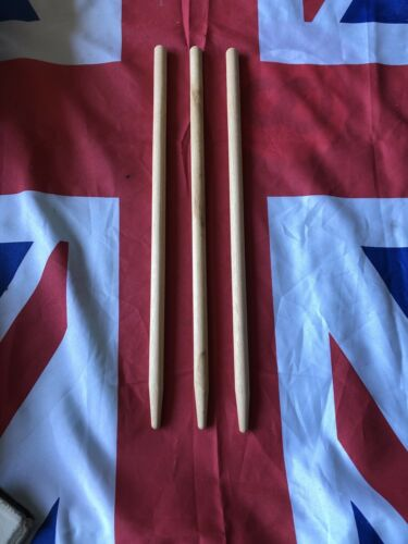 """NEW OLD STOCK /""""STAR/"""" WICKET SETS WS//1 18/"""" MADE IN ENGLAND 3 x Cricket Stumps"""