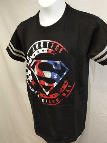 NEW Superman Unisex YOUTH S Small Size 8 USA Patriotic T-Shirt