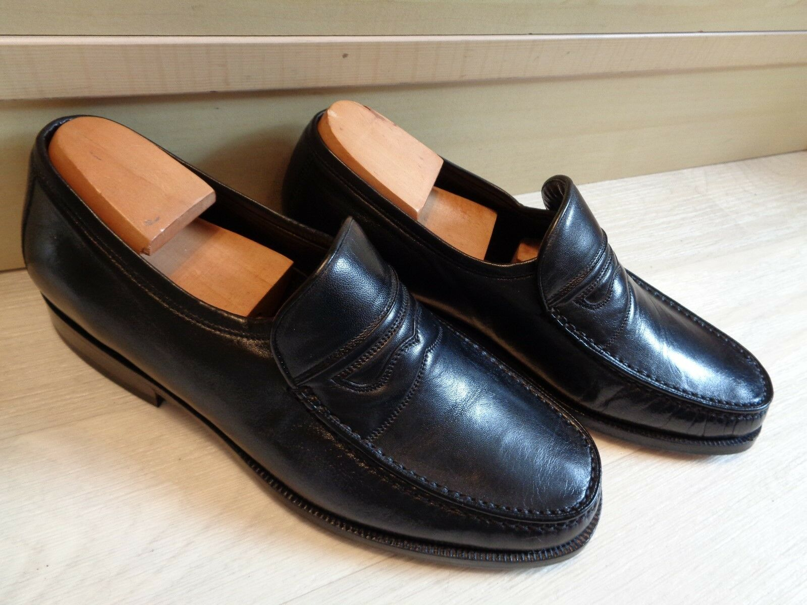 Loake black nappa moccasin UK 6 39.5 mens Made in  slip on leather loafer