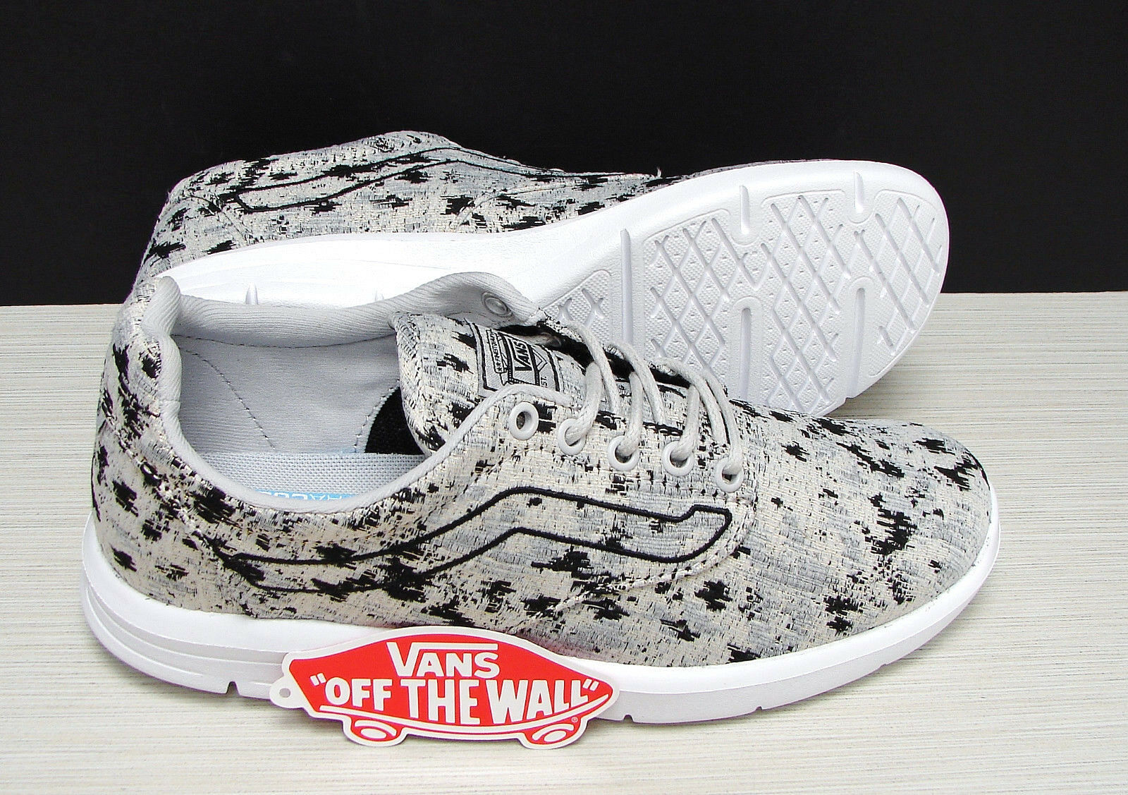 Vans Iso 1.5 Italian Weave Abstract Micro Chip VN0A38FEOE9 Women's Size: 9.5