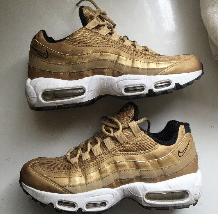 Man's/Woman's NIKE AIR MAX 95s (GOLD) Adequate supply and timely delivery Skilled manufacturing Characteristics