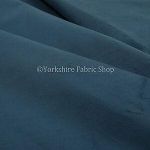 10-Metres-Of-Soft-Plush-Textured-Blue-Matt-Velvet-Furniture-Upholstery-Fabrics
