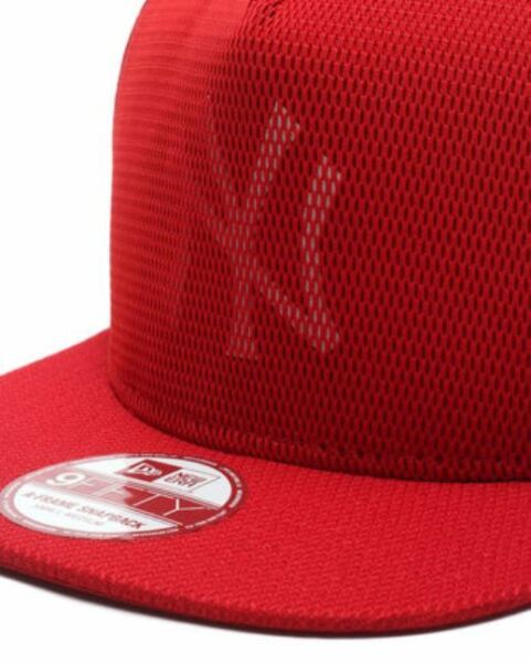 NEW ERA CAPPELLO NEW YORK YANKEES TG. M L MESH CORE NY ROSSO 80259351.  Hover to zoom f4c8f84505a7