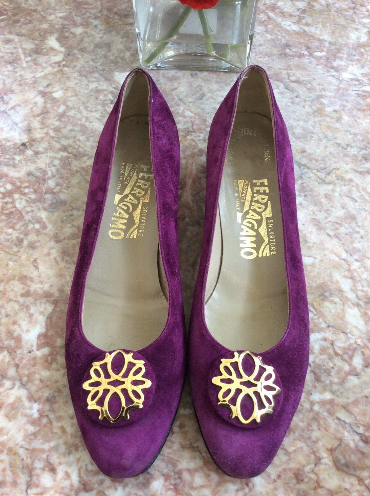 Salvatore Ferragamo Purple Suede Leder Floral Gold Toe Low Heel Schuhes Sz 7AAA