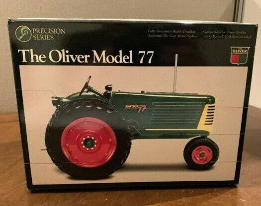 ERTL   2657 1950 Oliver Model 77 Tractor 1 16 Scale  MIB