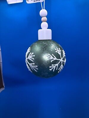 Pier 1 Imports Green Christmas Ball Ornament With Snowflakes And Glitter Nwt Ebay