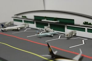 Image Is Loading 1 400 Scale Model Airport Terminal HQ Composite