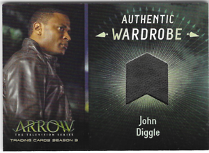 Arrow-3-Relic-Wardrobe-Costume-Card-John-Diggle-Leather-Jacket-M06-M-06
