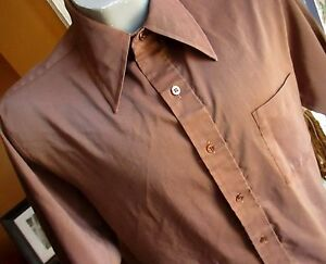 LARGE True Vtg 70s Mens CHOCOLATE BROWN SHINY COLLARED BUTTON DOWN SS SHIRT