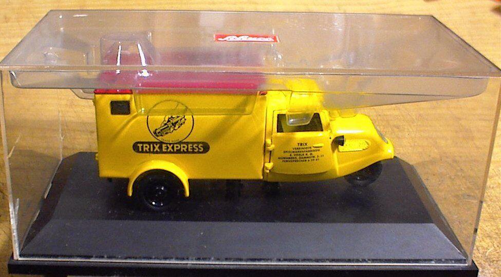 Trix Express triciclo escala 1 43 en Box