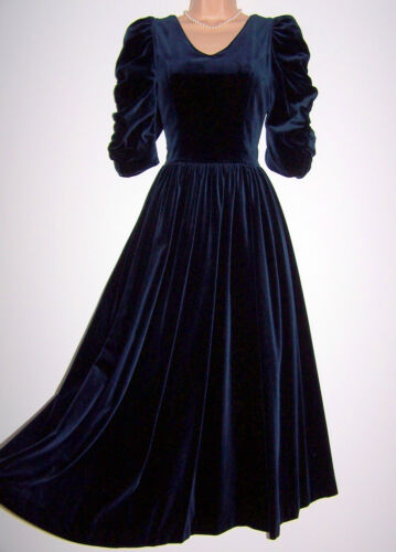 Laura Ashley vintage navy velvet medieval princess festive occasion dress 14 UK