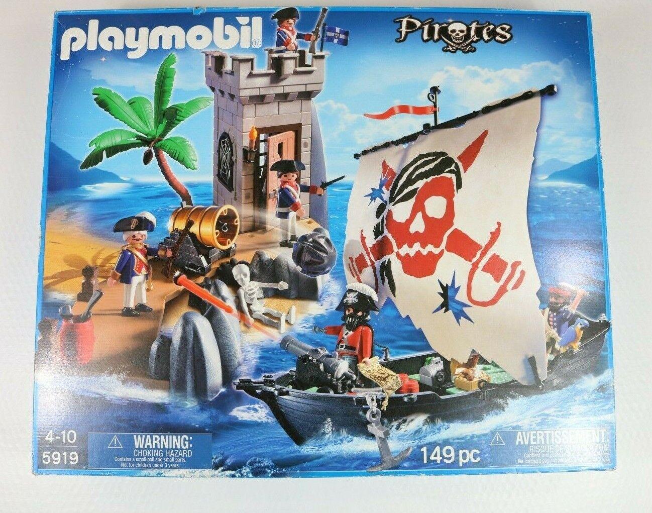 Playmobil Pirates Set 5919 Ship and Bastion 149 Piece