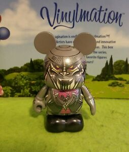 Disney Vinylmation Robots 4  Shan Yu Zheng Yu Bot Mint With Box and Foil