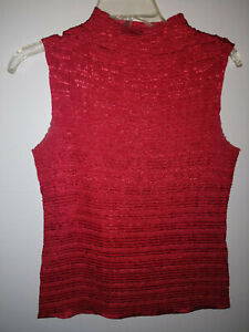 CASUAL-CORNER-RED-CRINKLE-SHELL-TOP-SIZE-M