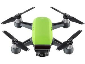 DJI Spark Palm Launch Quadcopter Drone with UltraSmooth Camera, Meadow Green, CP
