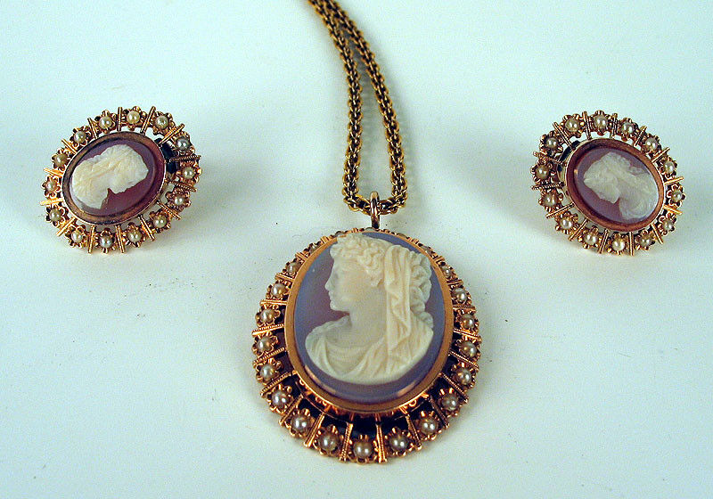 VICTORIAN AGATE 14K gold PEARL CAMEO PENDANT EARRINGS