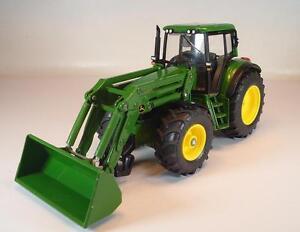 Spielzeugautos Siku JOHN DEERE mit FRONTLADER FARMER SERIE 1:32 NEU OVP 3652