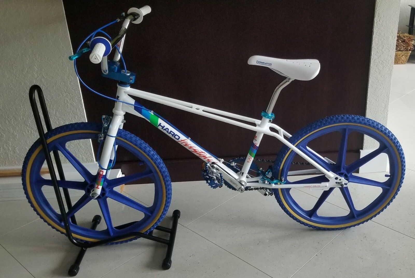 Amazing White Haro Master Reissued Freestyler BMX Bike. 24  Skyway Mags, Cherry