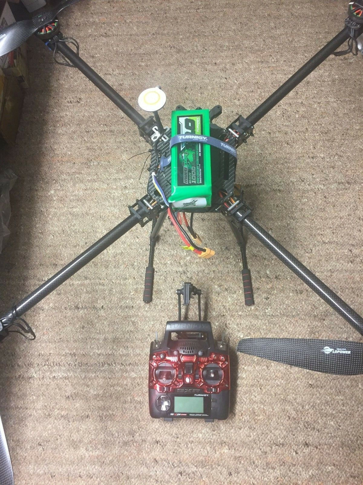 Quadcopter Large Carbon Folding Frame Transmitter and Battery