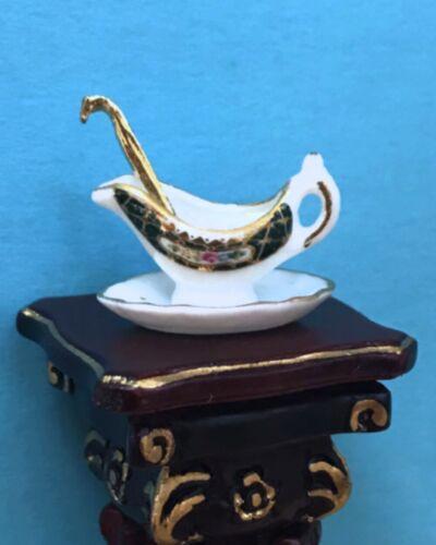 Reutter Porcelain Dollhouse Miniature  Irish Rose Gravy Boat /& Ladle
