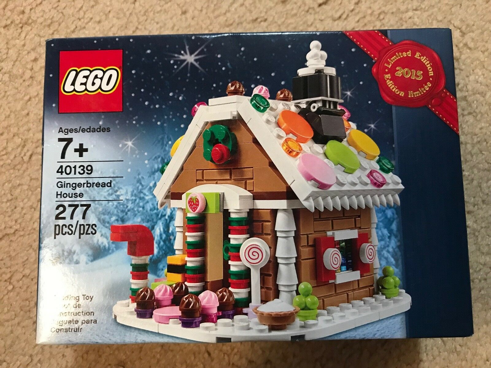 NIB Lego Gingerbread House 2015 Exclusive Set 40139