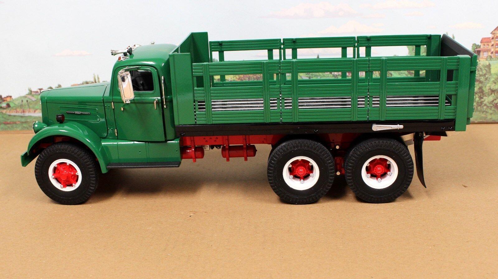 excelentes precios Fumby Street Motors 1957 1957 1957 blancoo WC-22 Estaca camión 1 15 Menta en caja Ltd Edition todo verde  comprar ahora