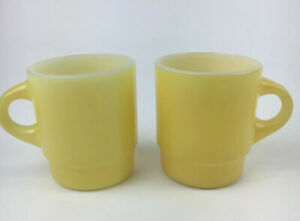 """Details about 2 Vintage Fire King Anchor Hocking Yellow Stackable Coffee Mugs 3.5""""H X 3</div>                             </div>               </div>       <div class="""