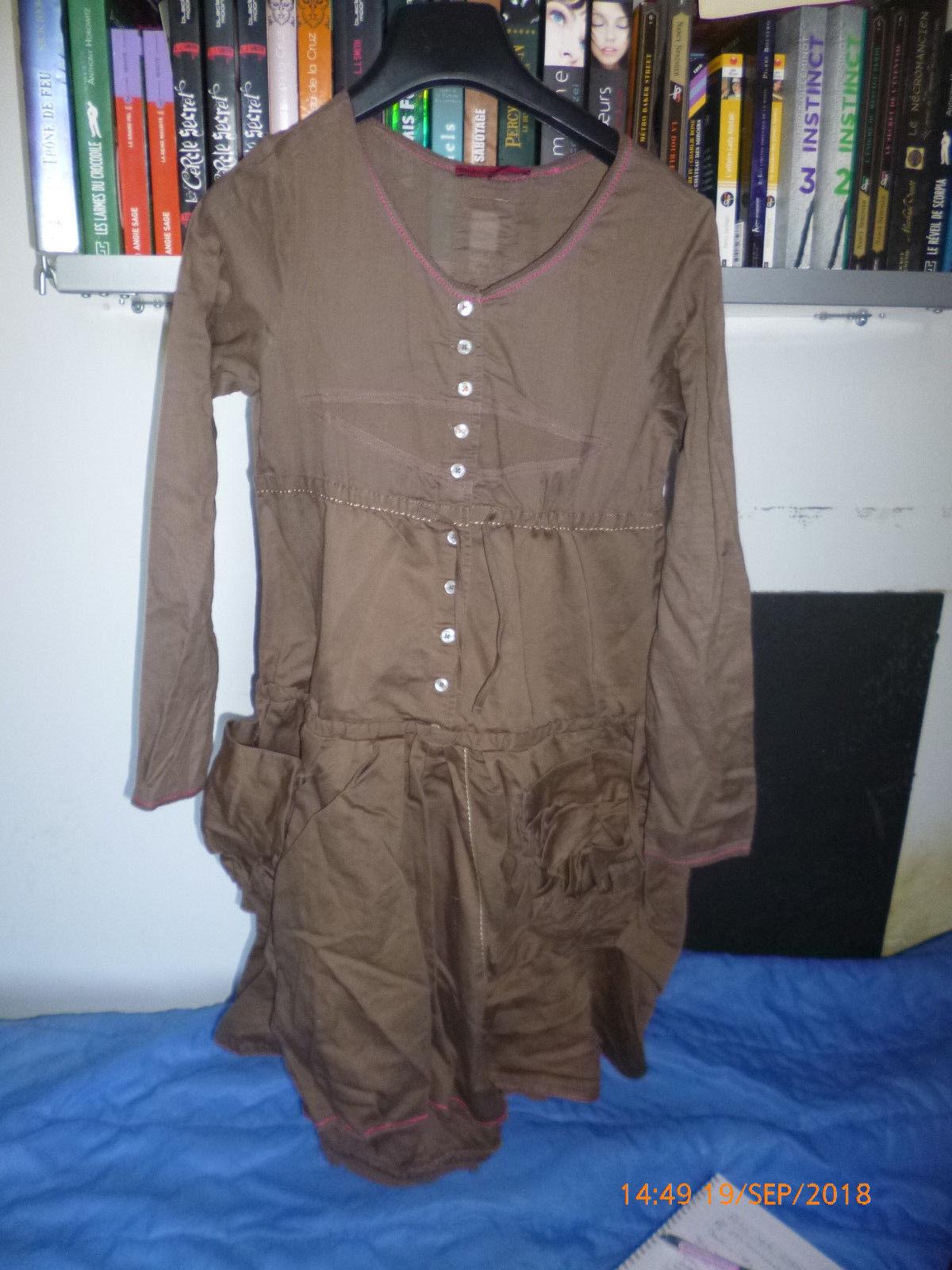 MARITHE ET FRANCOIS GIRBAUD   robe hommeches longues ref G12057 neuve valeur